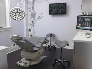 dr. ruben cohen exam room